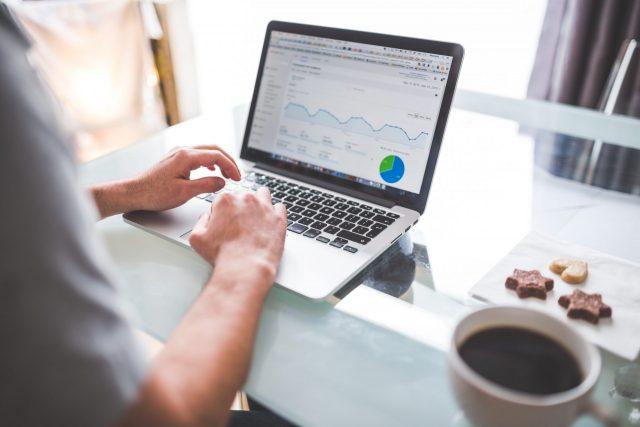 Header Digital Analytics
